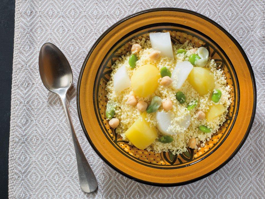 Recette couscous blanc aux navets et fèves fraîches