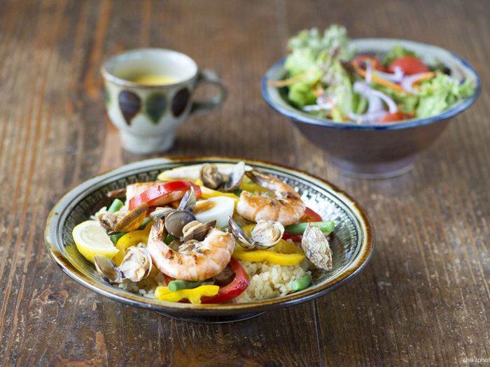 Recette de Paella à la graine de couscous fin Le Renard